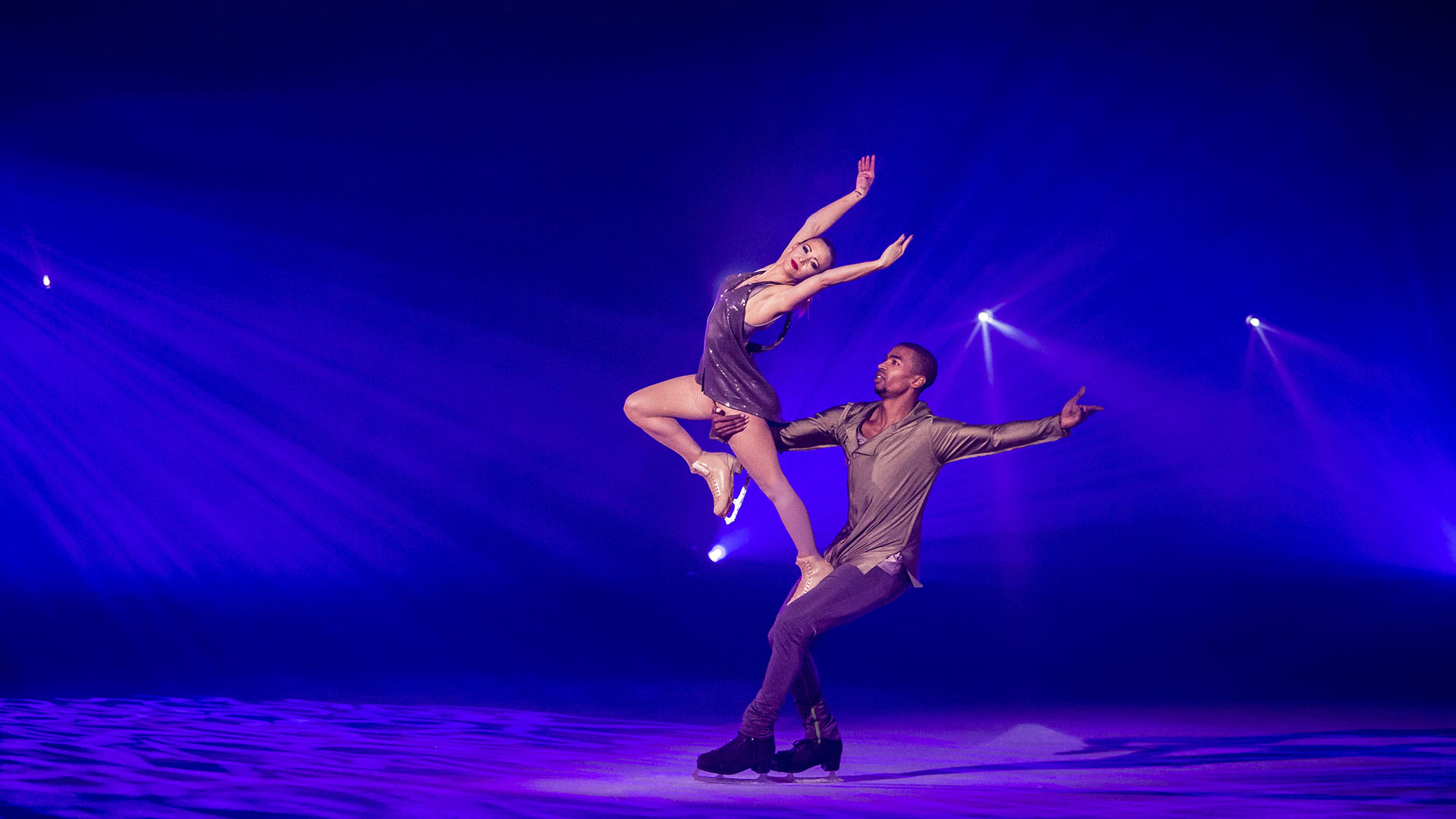 1-min_0008_--staging.holidayonice.com-core-wp-content-uploads-sites-2-2017-08-time-10